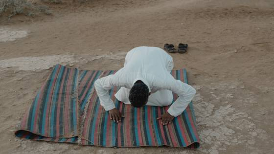 Shalat Sunnah Sebaiknya Dilakukan Di Rumah Atau Di Masjid?